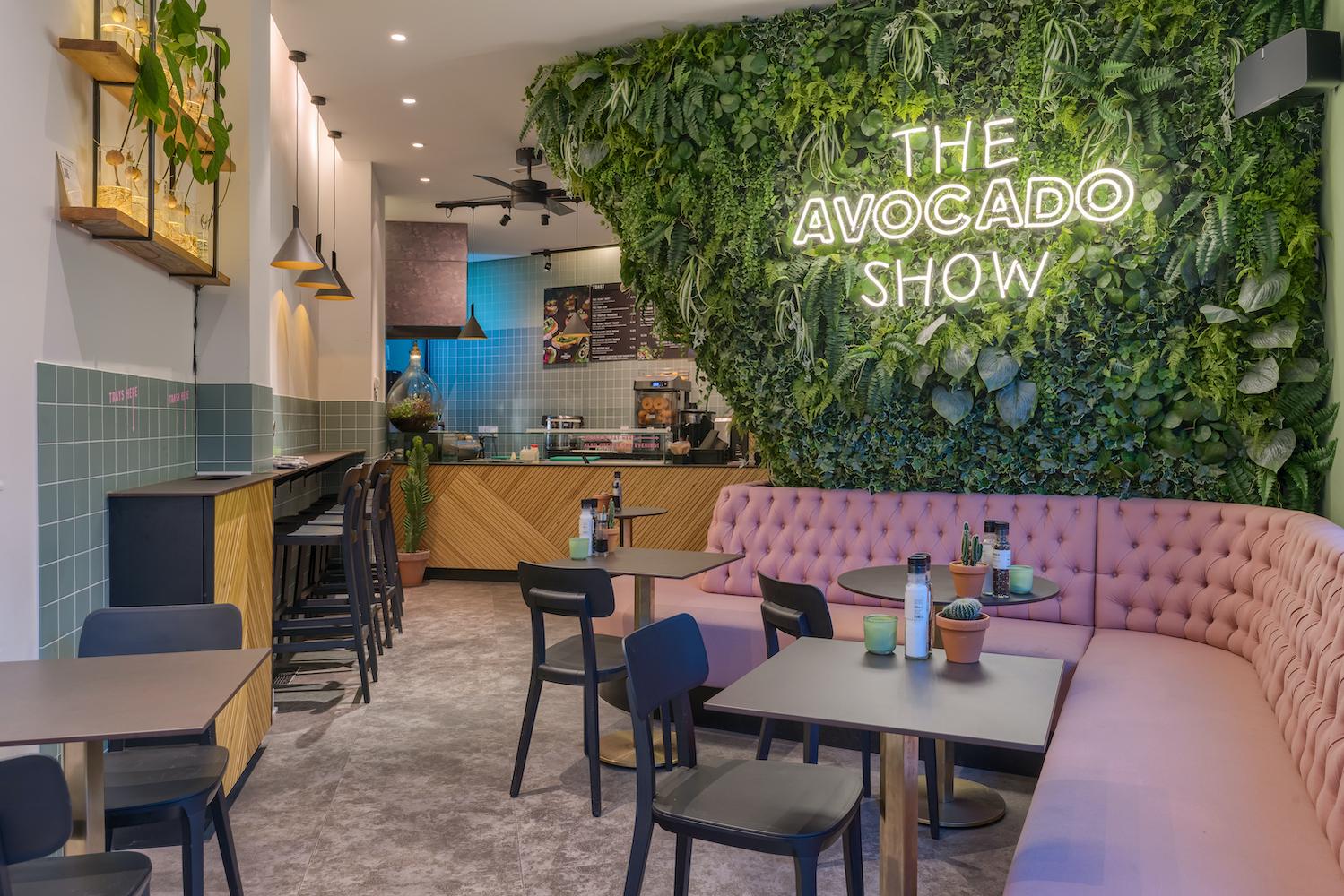 Avocado lovers opgelet: bij The Avocado Show in Amsterdam staat dit ingrediënt centraal in alle gerechten. Een super leuke hotspot voor een lekker ontbijtje of lunch.