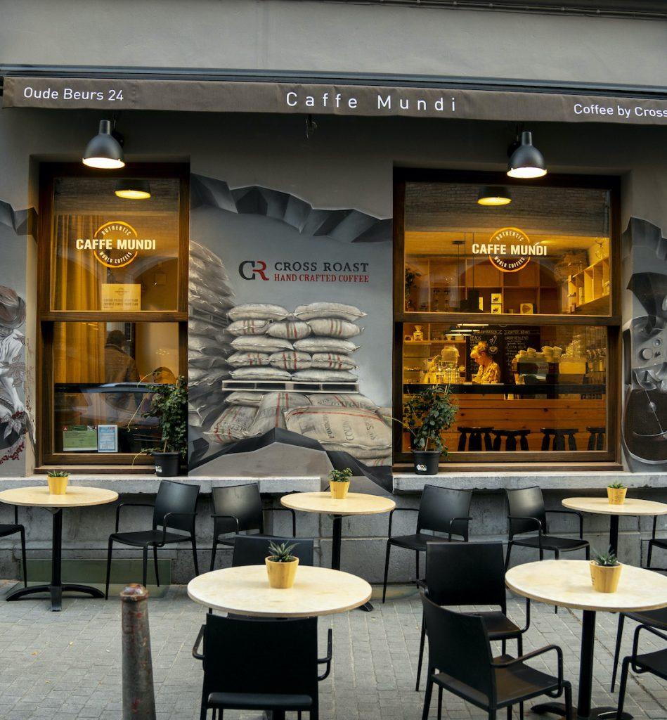 Caffe Mundi is ook wel het koffielabo van het koffiemerk Cross Roast. Ze serveren hier vier standaard single origin koffies, en elke maand een unieke koffie.